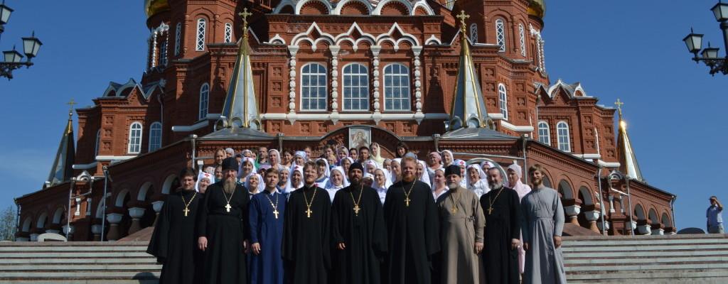 Делегация из Екатеринбурга посетила Ижевск