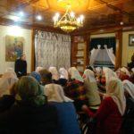 Учебные занятия сестер милосердия и добровольцев